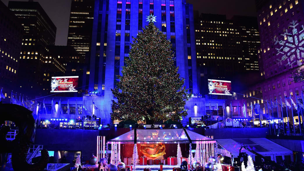 2017 Rockefeller Center Christmas Tree Lighting Ceremony: How to Watch,  Live Stream - 2017 Rockefeller Center Christmas Tree Lighting Ceremony: How To