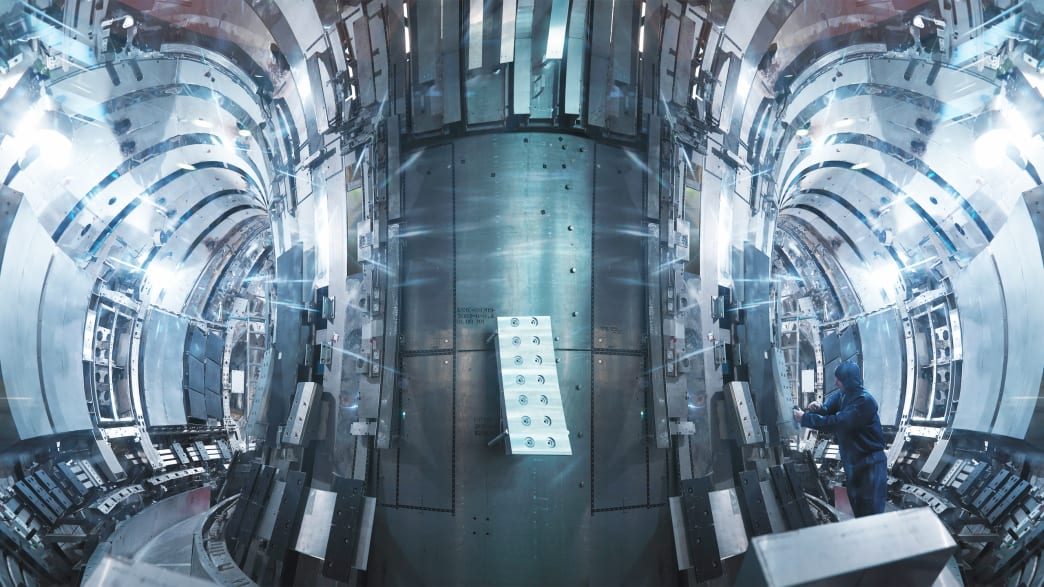 Why Don't We Have Nuclear Fusion Power Yet? thumbnail