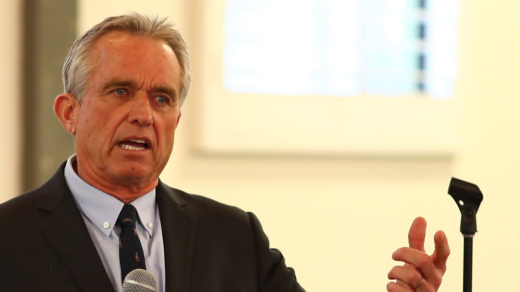 Just OMFG. This Guy Is An Asshole. | Robert F. Kennedy, Jr. Spouts His Insane Anti-Vaxxer Conspiracy Theory in Measles Hot Zone