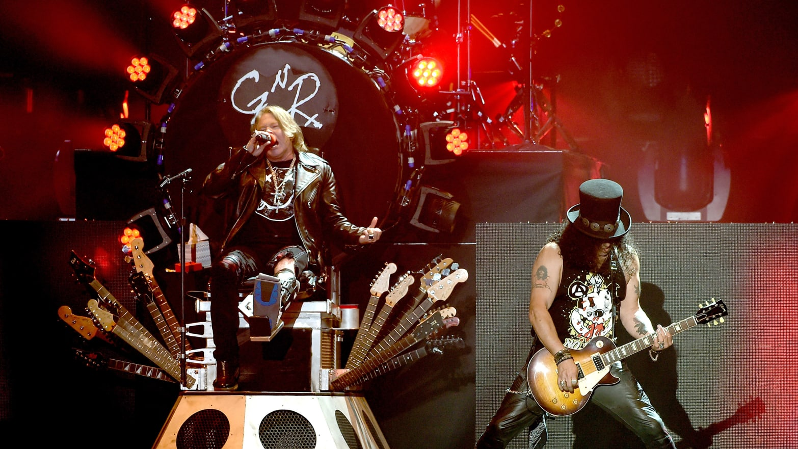 bf6208eba6f Guns N  Roses at Coachella  How the Mighty Have Fallen (And Can t Get Up)