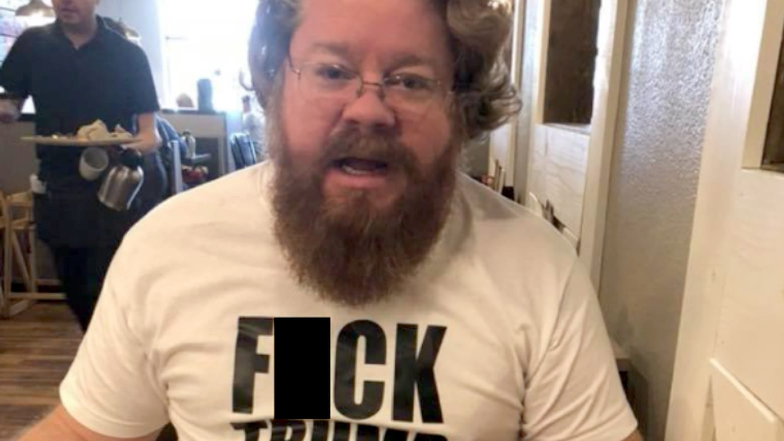 8c5ee8a50 Man Wearing  F ck Trump  T-Shirt Kicked Out of Texas Restaurant