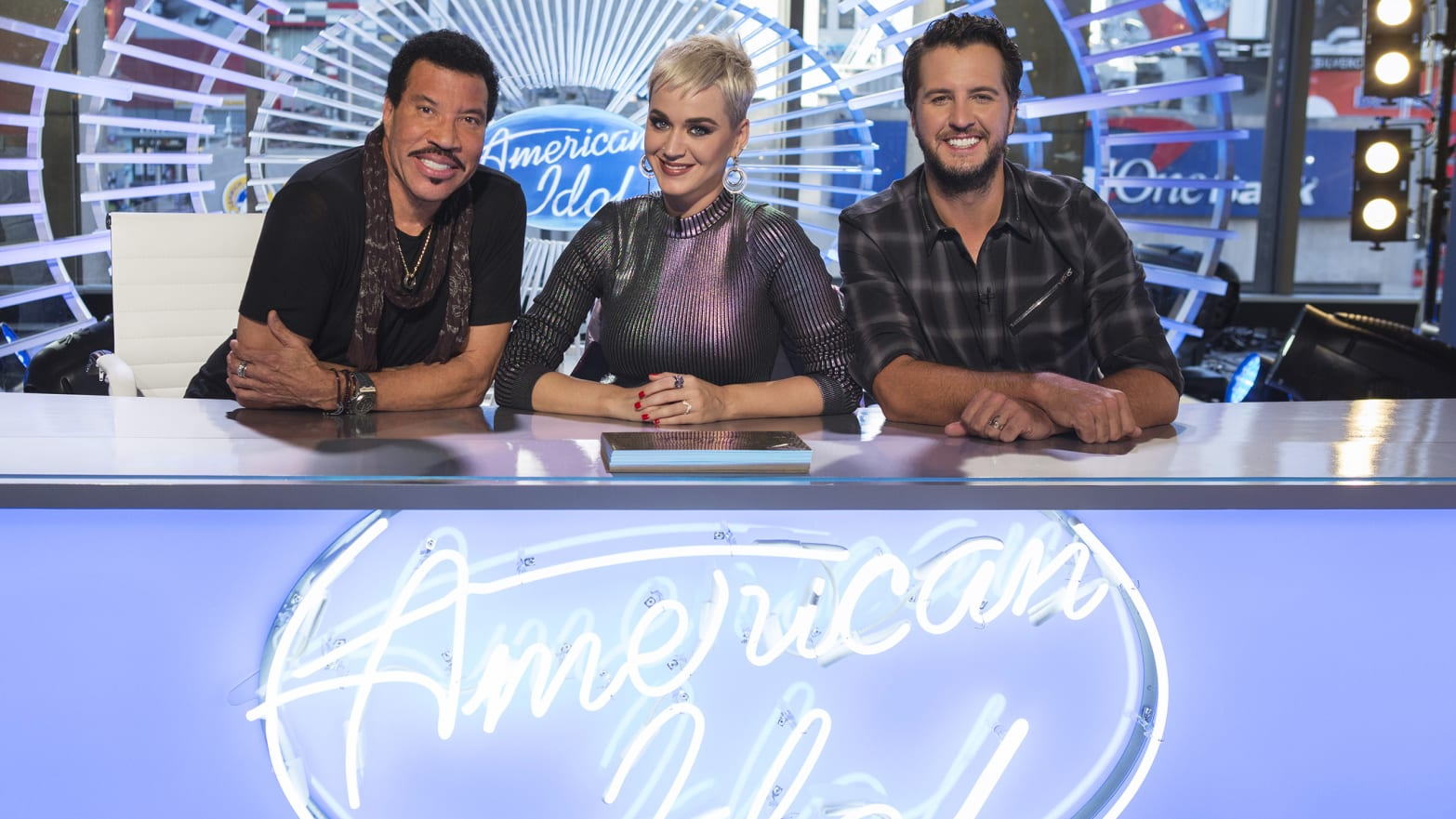 Not Even Katy Perry Can Bring American Idol Back From The Dead