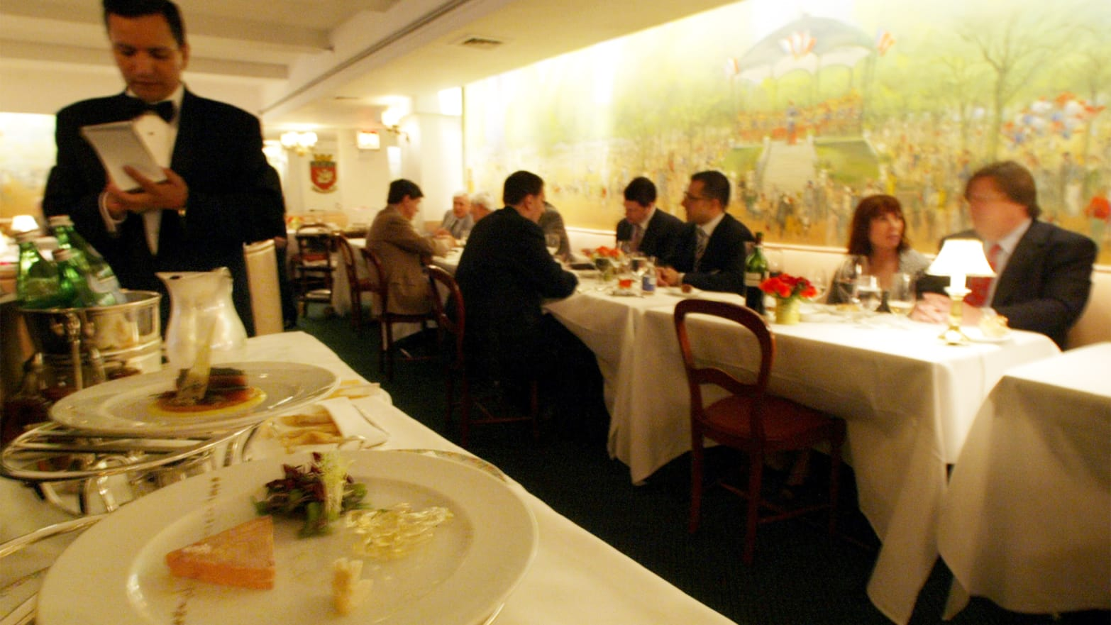 The Ghosts Of New York S Fine Dining Scene La Caravelle Le
