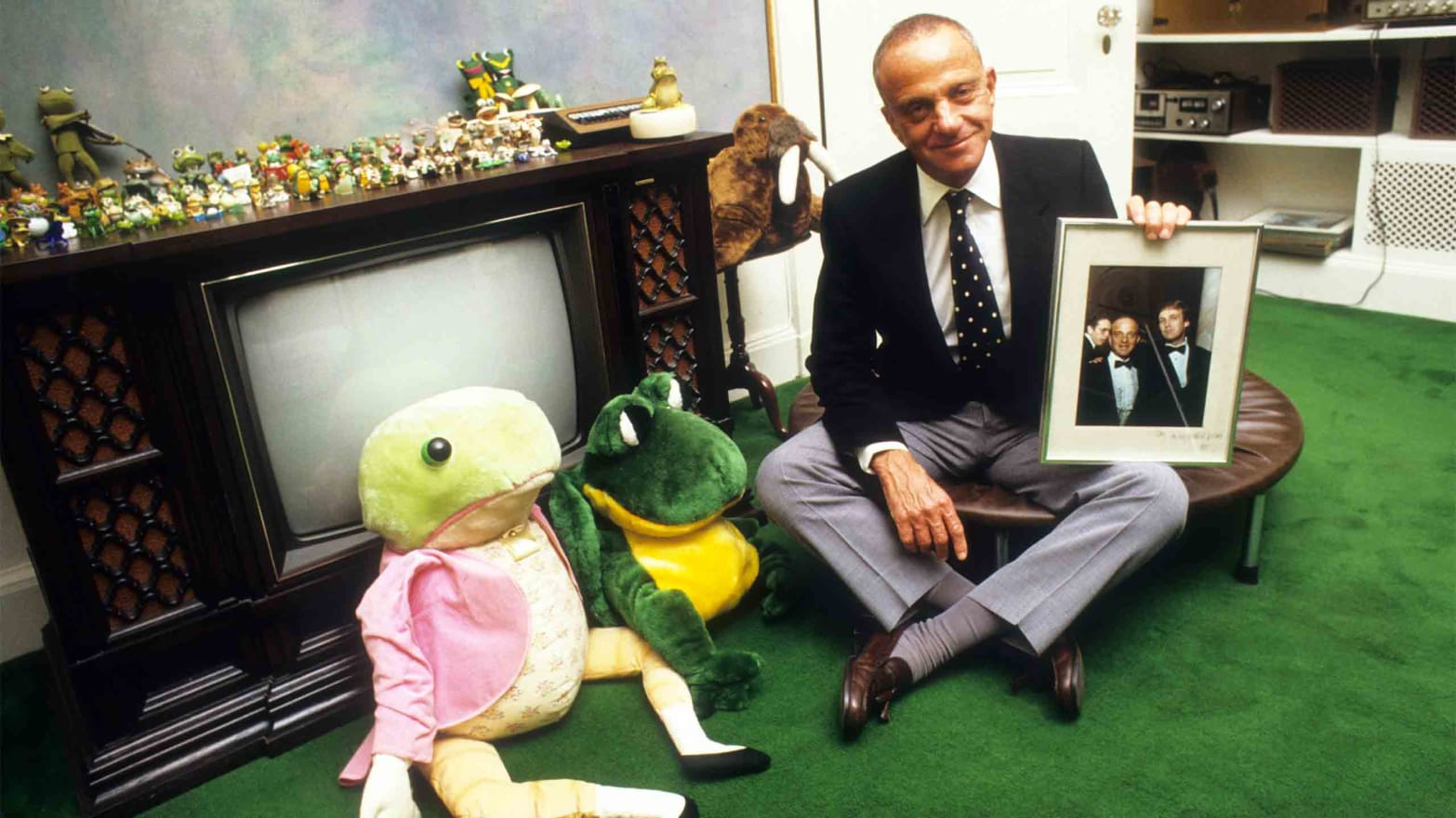 Roy Cohn frogs Trump
