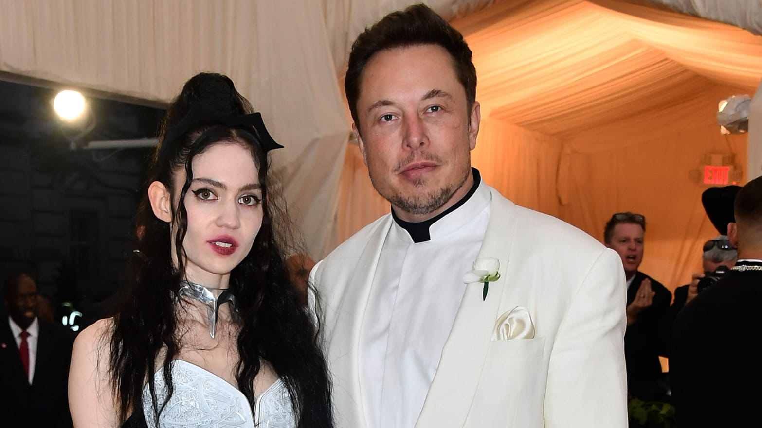 Welcome to the Reality Where Grimes Is Dating Elon Musk
