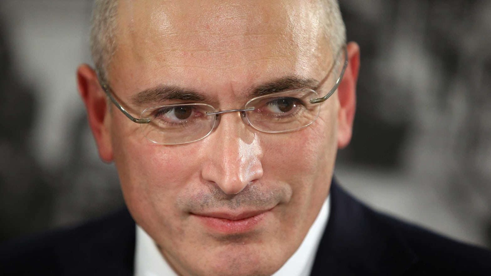 Mikhail Khodorkovsky, Putin's Most Powerful Critic-in-Exile, Says He's Living Under a Kill Order