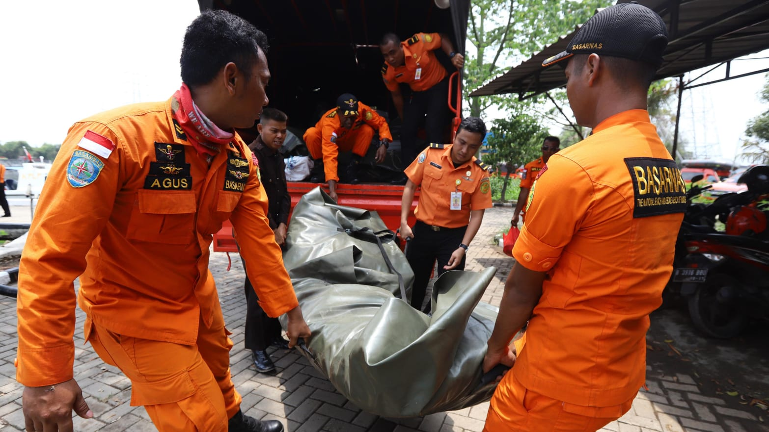 189 Missing in Lion Air Plane Crash That Should Never Have