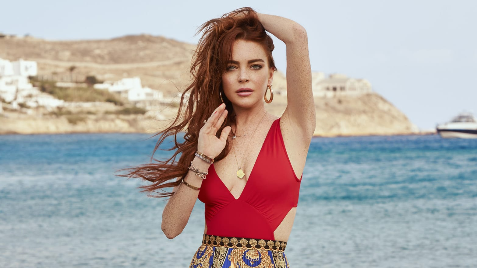 Lindsay lohan gets off with all of italy nude (44 pic)