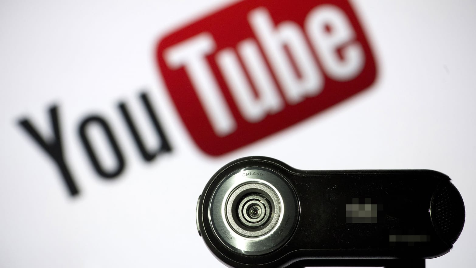 YouTube Tweaks Algorithm to Fight 9/11 Truthers, Flat