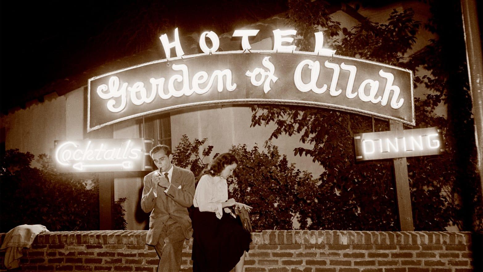Inside The Hotel Where Hollywood's A-List Felt Safe To Misbehave