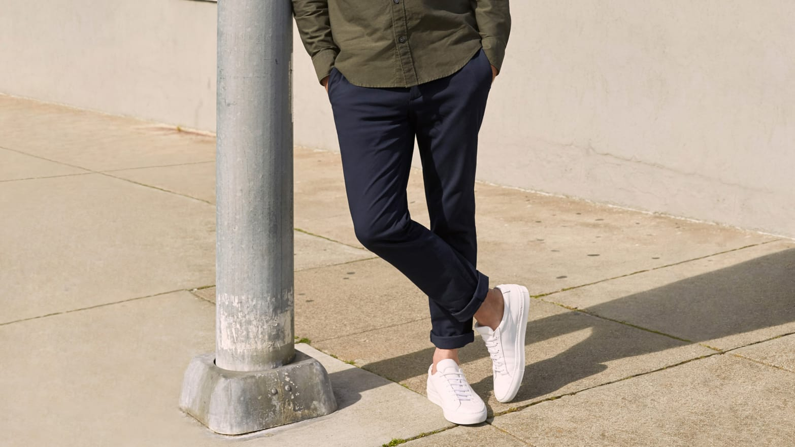 4e23724fbc The 6 Best Men's Athleisure Pants That Work for Work From Lululemon,  Everlane, Hill City, and More