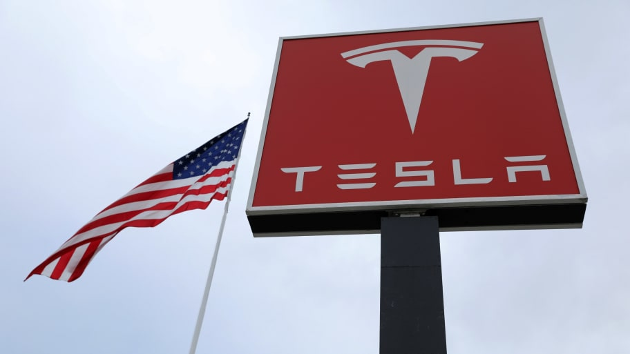 Former Employee's Lawsuit Says Tesla Is a 'Hotbed for Racist Behavior'