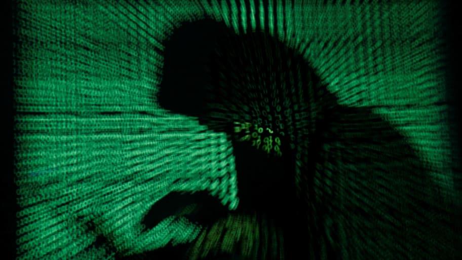 [Image: 171227-russian-hacker-dnc-breach-cheat_b7un1o]