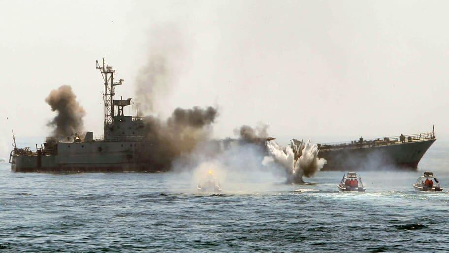Iranian Boats Mysteriously Stop Harassing U S  Navy