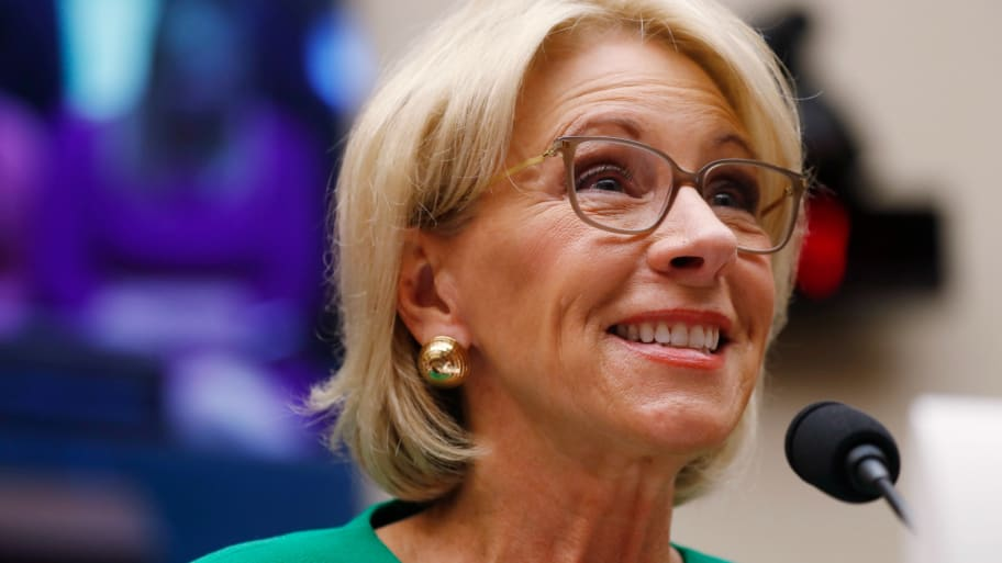 Betsy Devos Wont Be Doing Too Much As >> Betsy Devos School Safety Commission Won T Focus On Guns