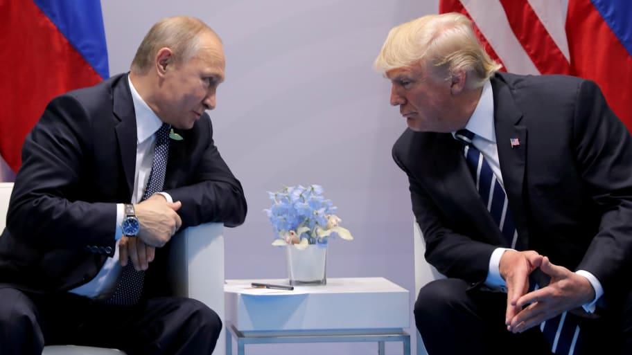 Putin Tells Trump That the 'Deep State' is Against Their Friendship