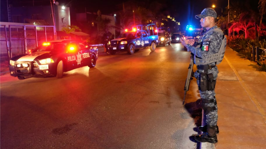 U S  Issues Mexico Travel Advisory After Eight Dead Bodies