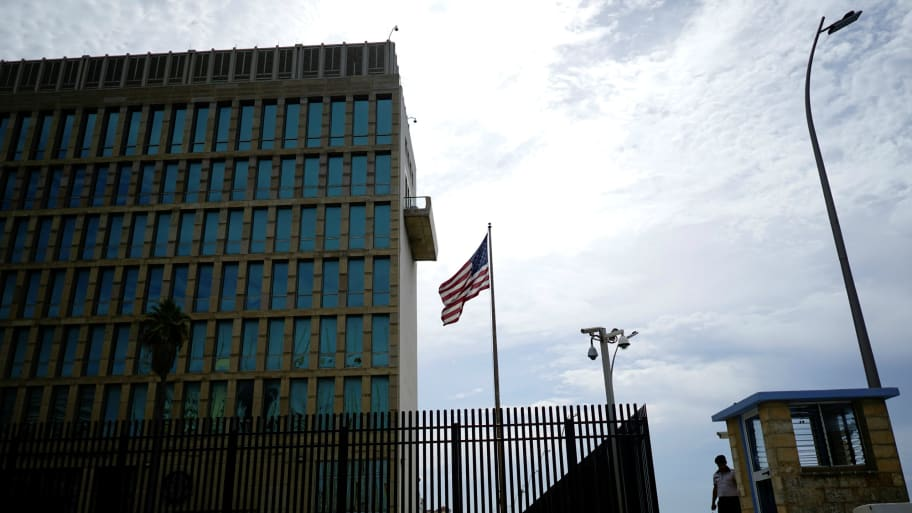 Experts See Microwave Weapons in Sonic Attacks on U S  Diplomats