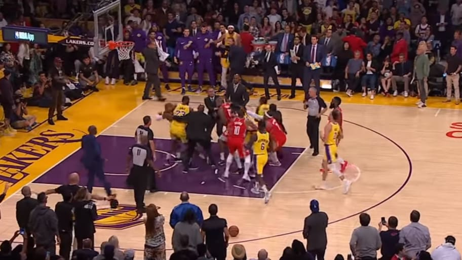 89af426f021 Brawl Erupts During LeBron James  Home Debut in LA