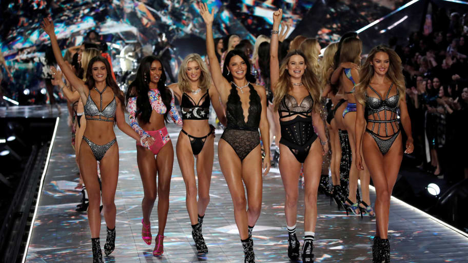 Victoria s Secret CEO Resigns Amid Dwindling Sales 364e5236e