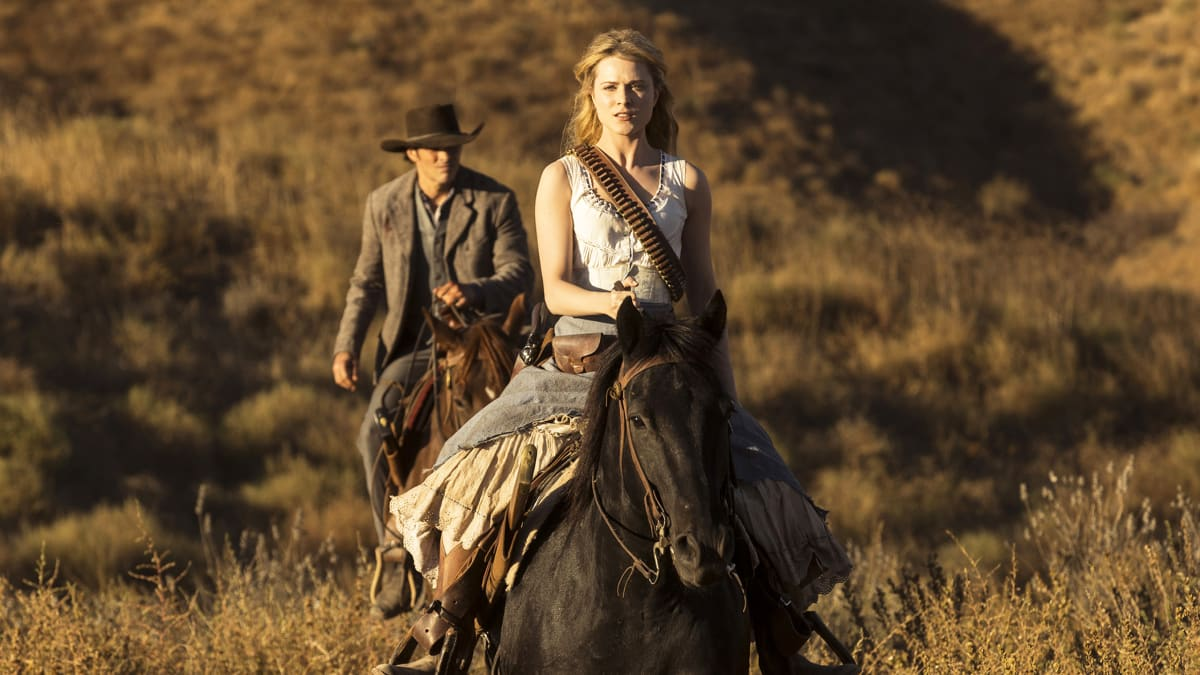 'Westworld' Premiere's Most Shocking Twists: What Do They All Mean?
