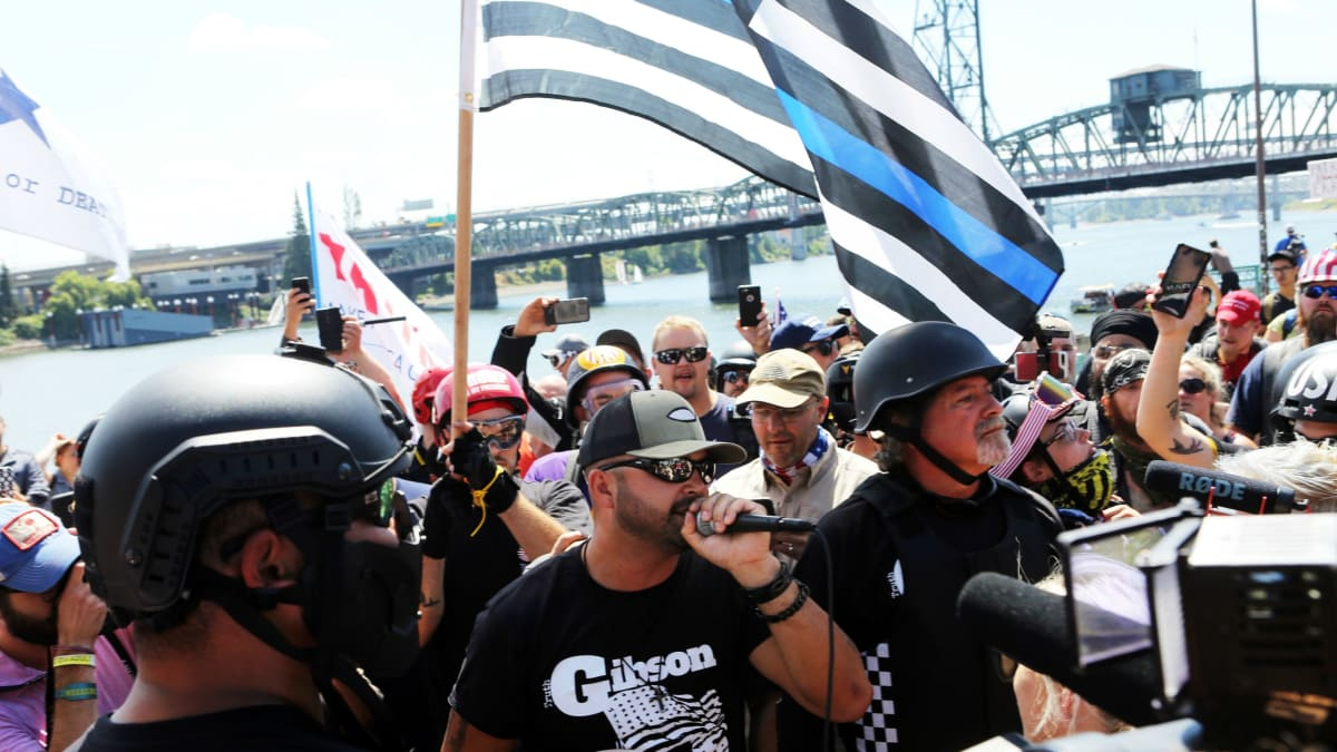 Armed Trump Supporters March on Portland, Beating Up Opponents and Calling for Hillary Clinton's Arrest