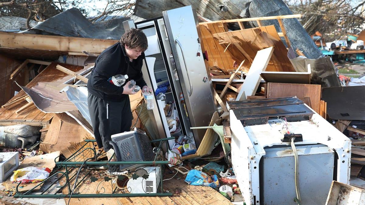 No Food, No FEMA: Hurricane Michael's Survivors Are Furious