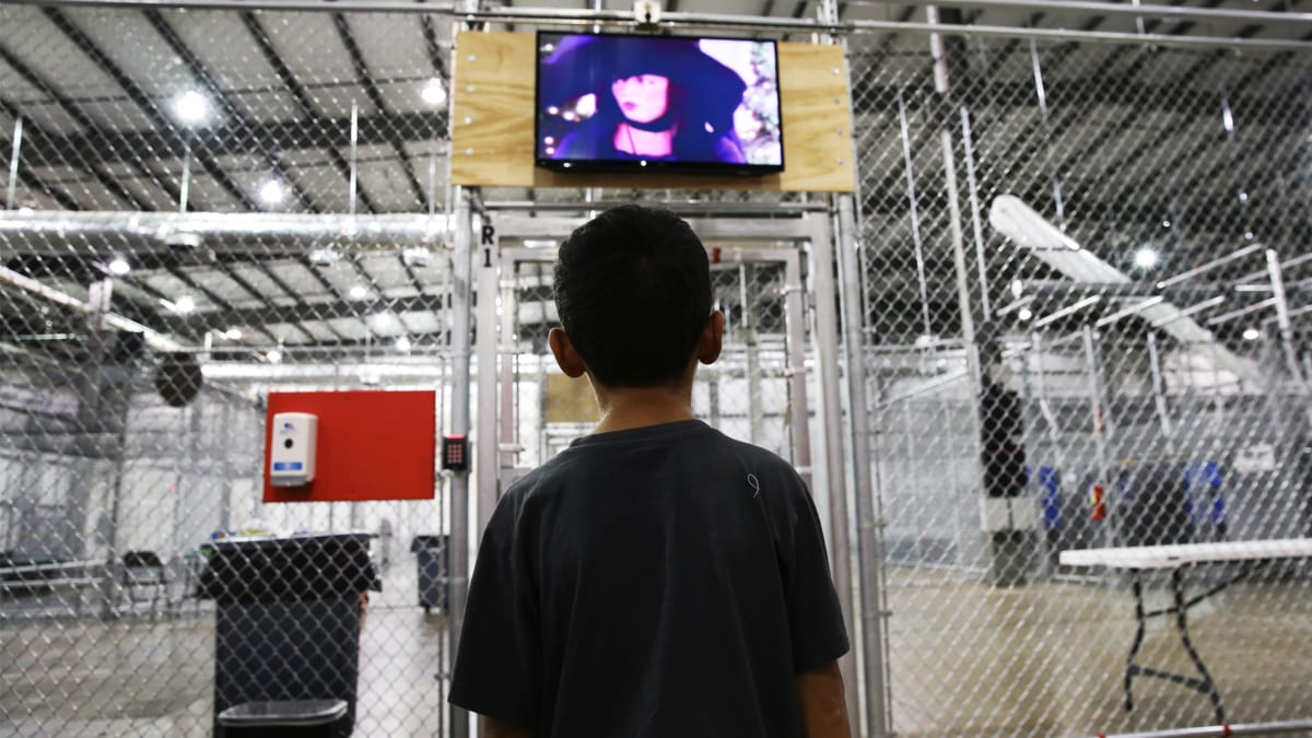 Defense Contractors Cashing In On Immigrant Kids' Detention
