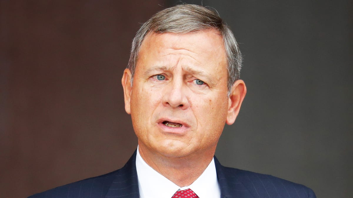 Chief Justice Roberts Rebukes Trump. It's a Warning Shot About Mueller.