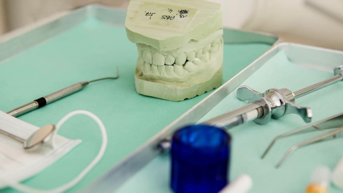 I Got AIDS-Shamed at the Dentist's Office... in 2017