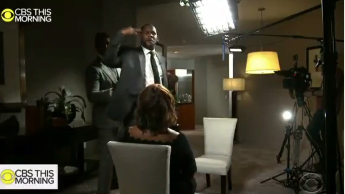 Gayle King Faces Down R. Kelly: 'What Makes You So Special?'