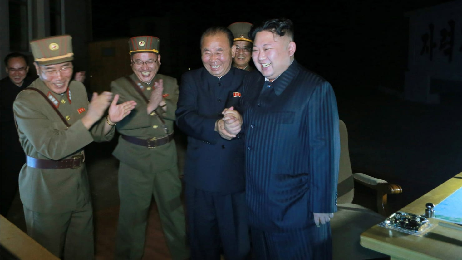 North Korea threatens to strike US with unknown weapons 08/16/2015 35