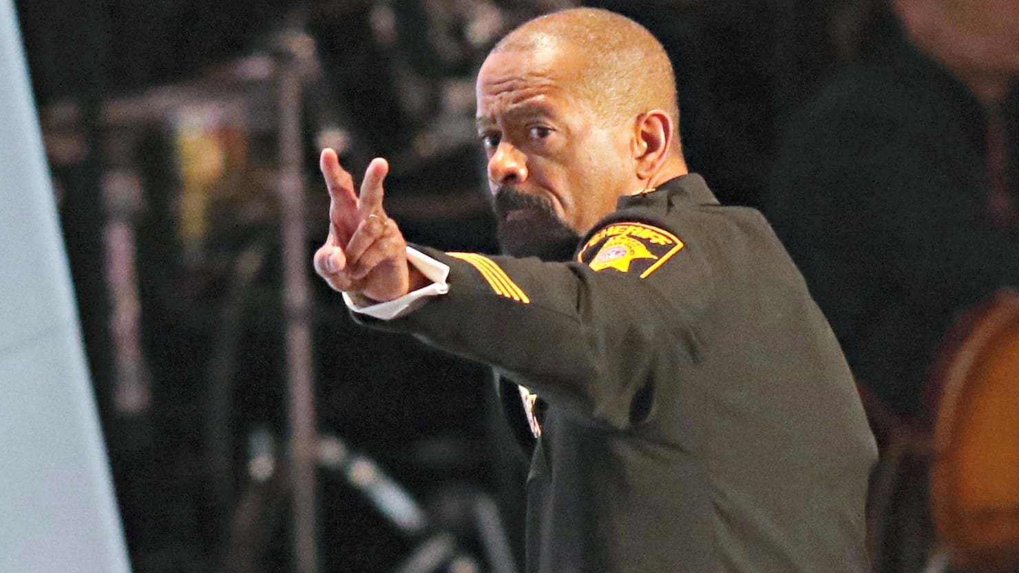 sheriff david clarke resigns