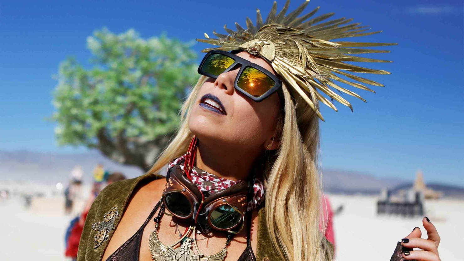 The Weirdos Of Burning Man In Photos-8517