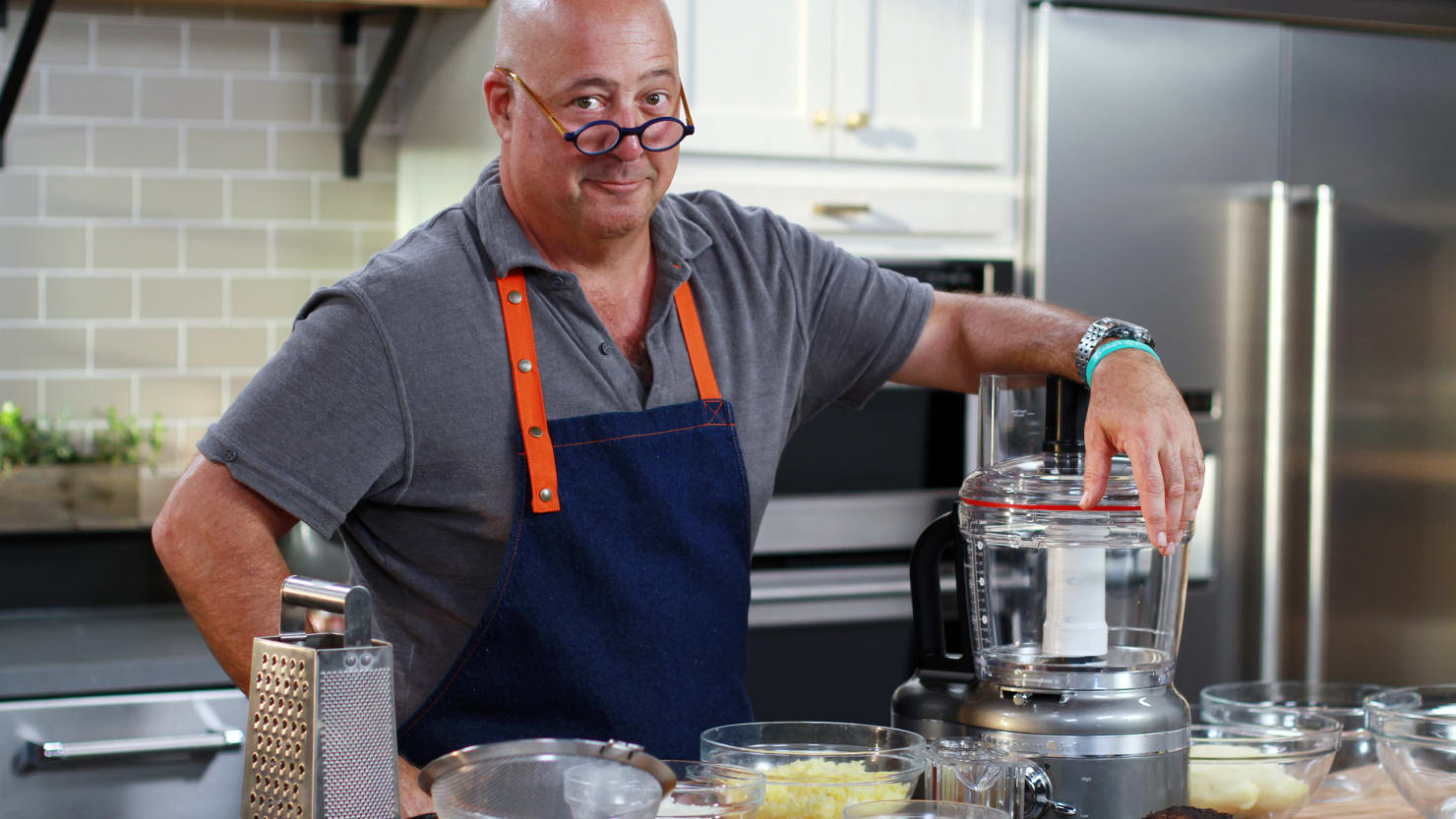 The Secrets to Andrew Zimmern's Delicious Rosh Hashanah Brisket