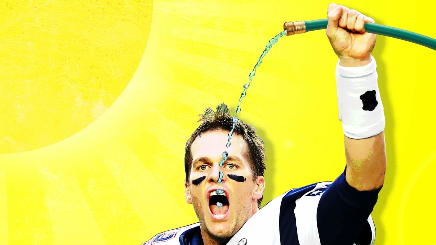 Tom Brady's Absurd Anti-Sunburn Hack Confirms His TB12 ...