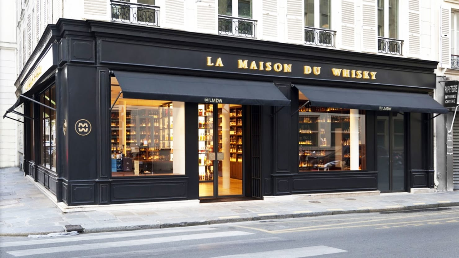 thieves steal 800 000 in whisky from legendary parisian liquor store. Black Bedroom Furniture Sets. Home Design Ideas