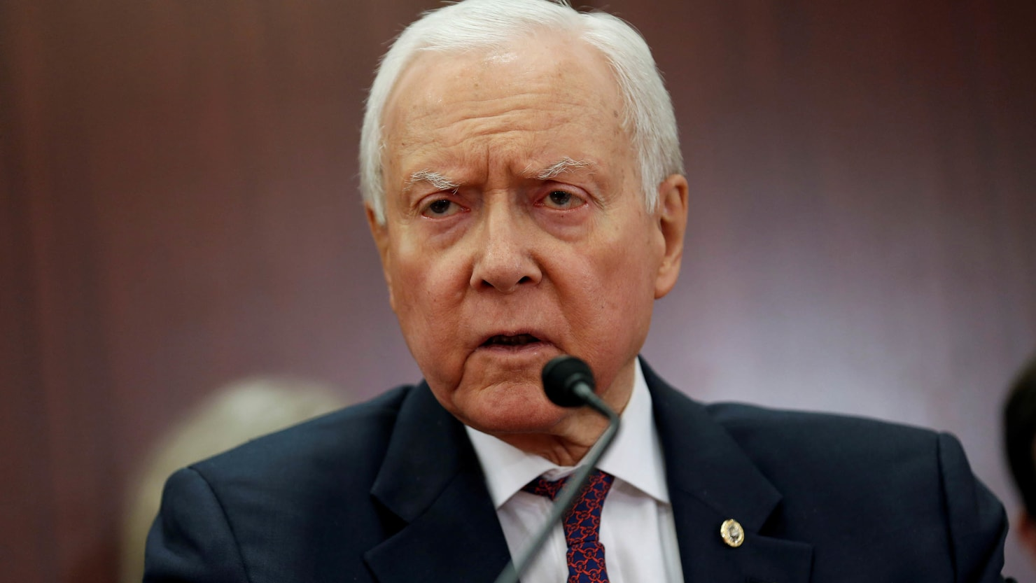 Orrin Hatch to retire, opening way for Mitt Romney