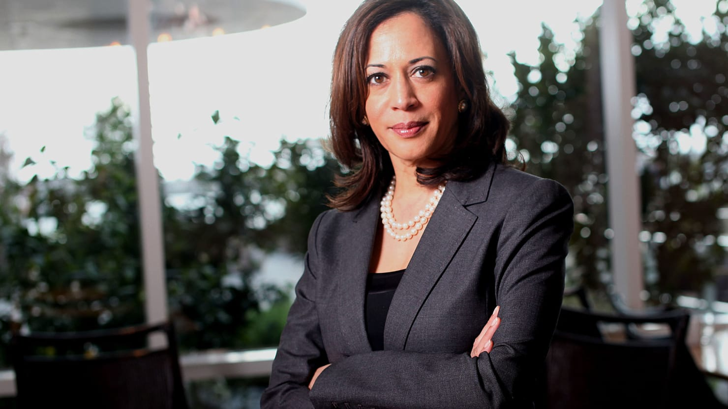 Kamala Harris Has Been Shopping A Book And Fueling 2020 Talk
