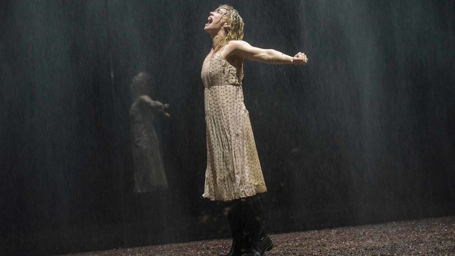 Billie Piper Pain Yerma Stunningly Explodes Box
