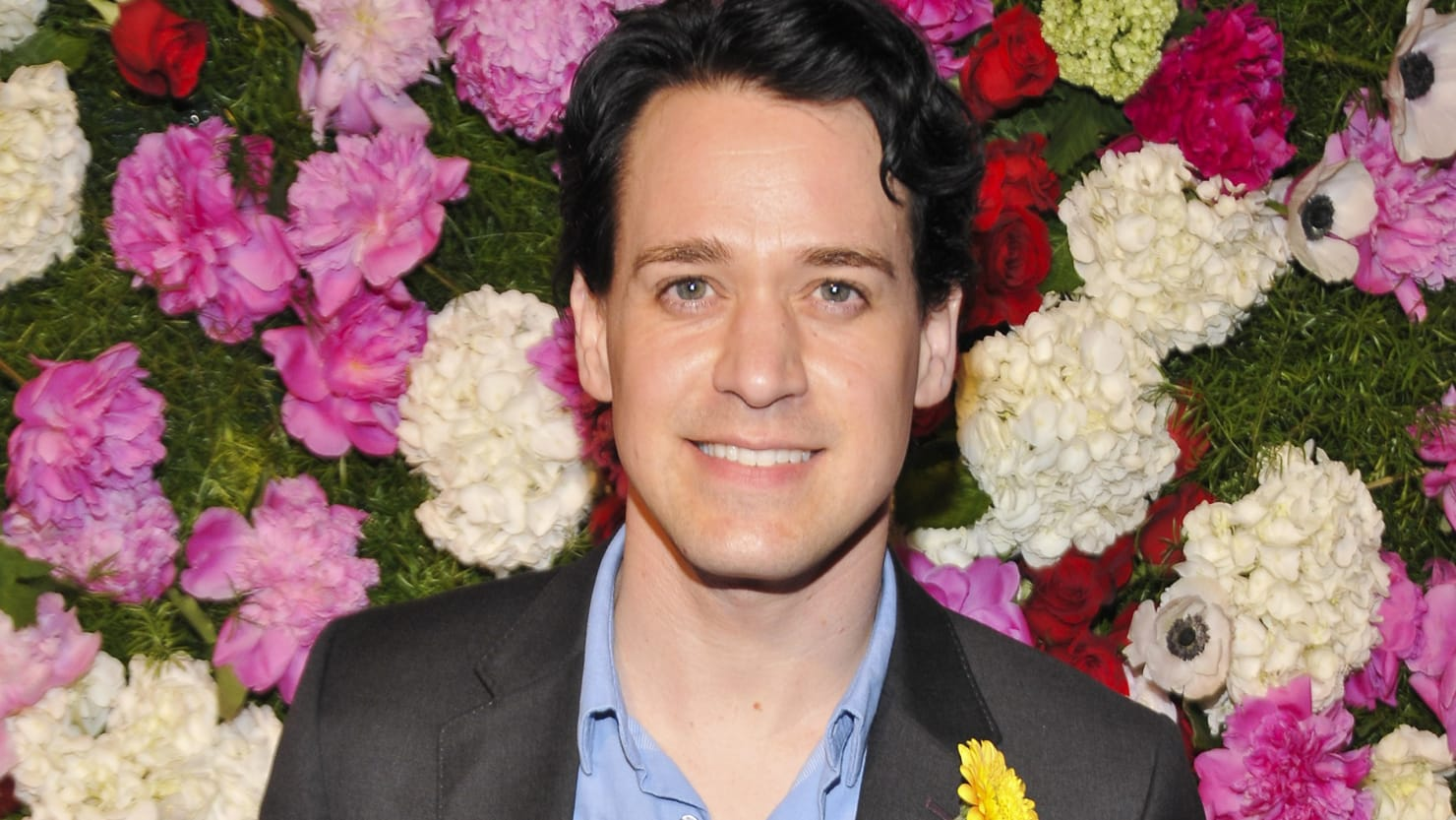 T.R. Knight on His \'Grey\'s Anatomy\' Coming Out Scandal 10 Years Later