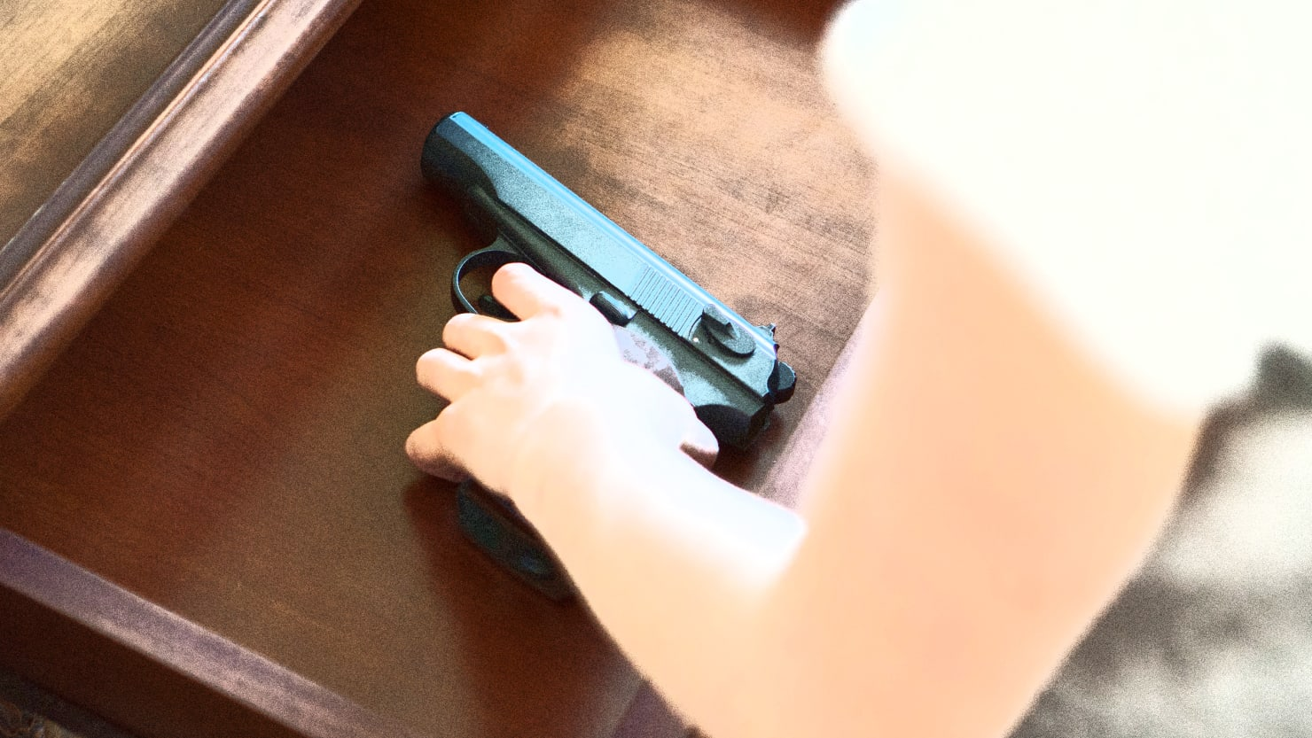 4.6 million kids live in homes with unlocked, loaded guns