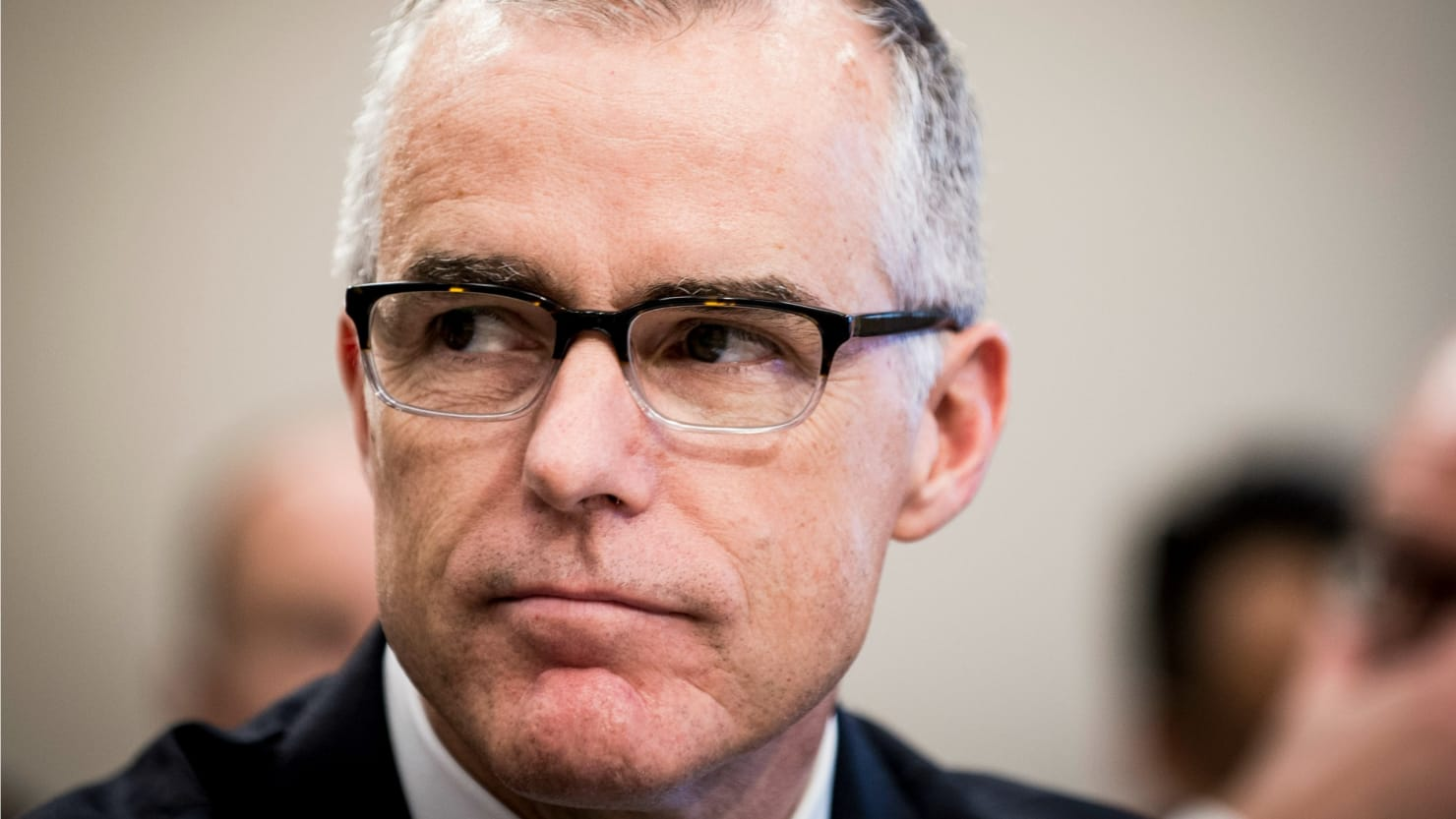 thedailybeast.com - Ex-FBI Official Andrew McCabe to Publish Tell-All
