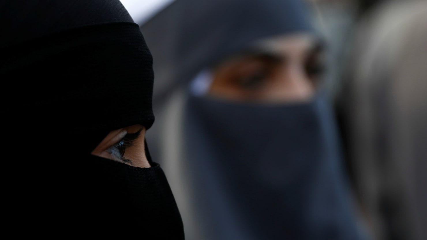 Swiss region votes in favor of burka ban
