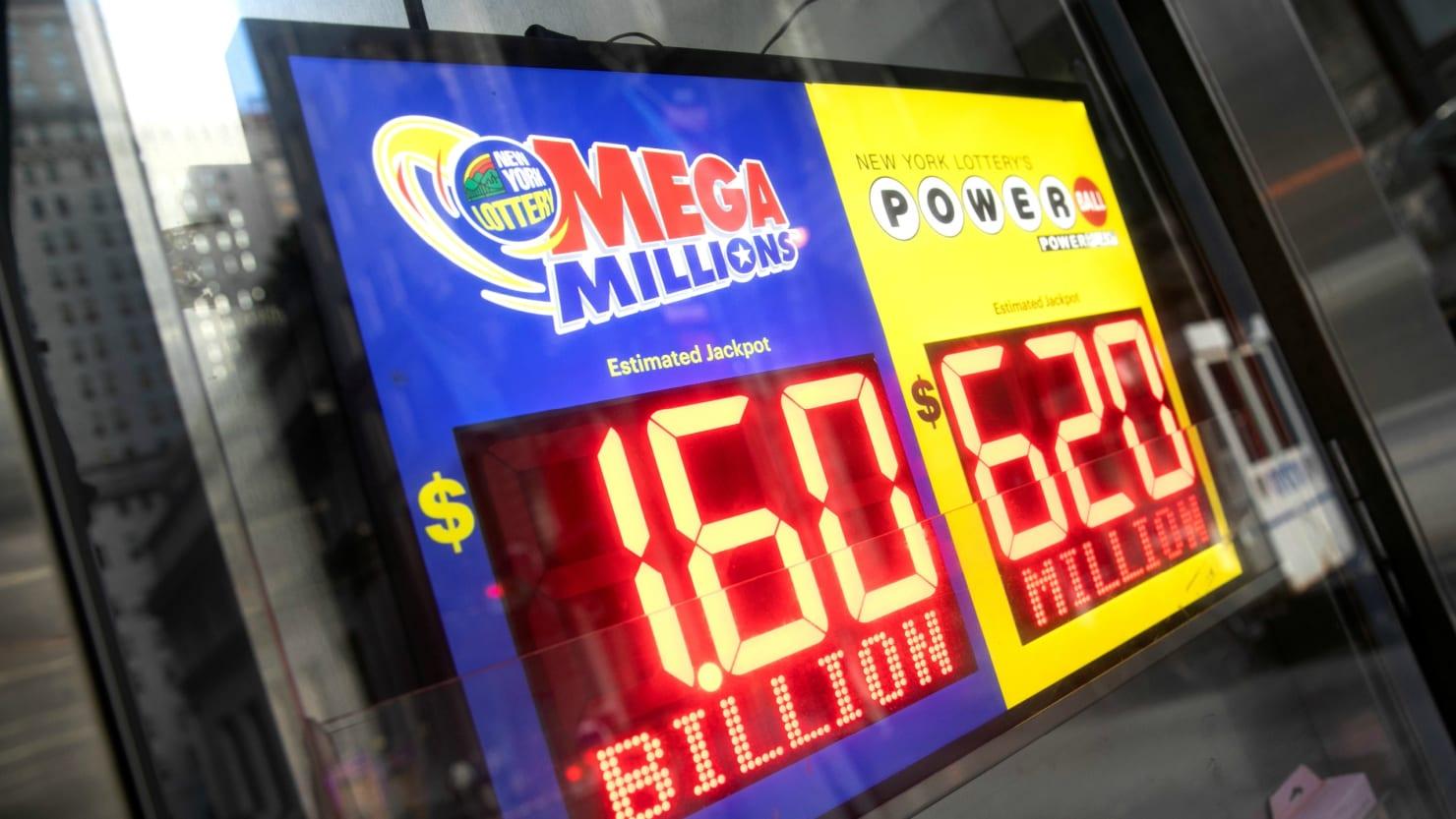 Winning Ticket Takes World Record 1 6 Billion Mega Millions Jackpot In South Carolina