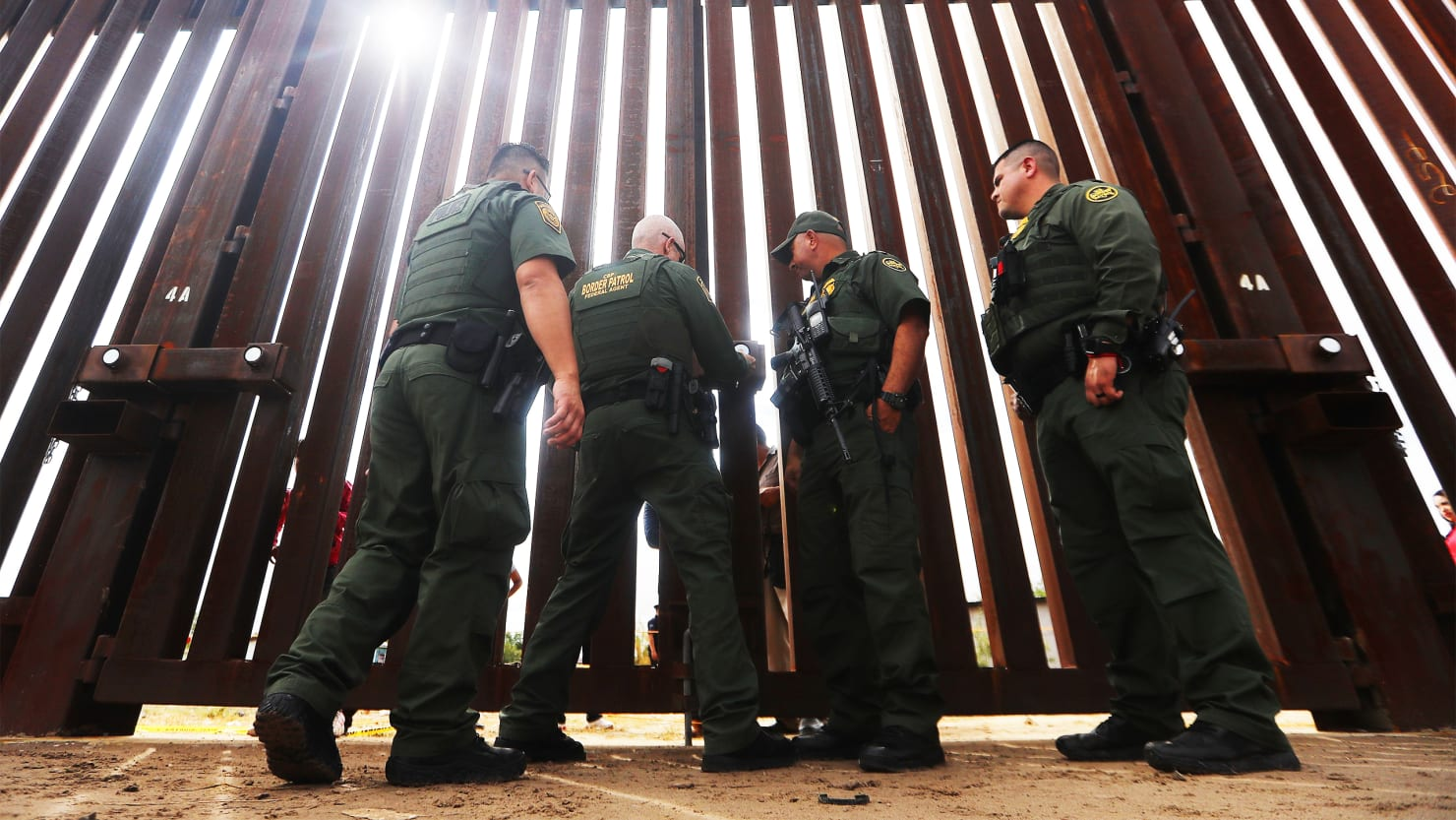 Immigrants stopped at correct border entry