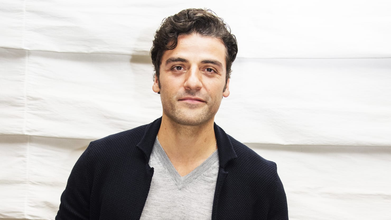 oscar isaac on the pain of losing carrie fisher and anti latino
