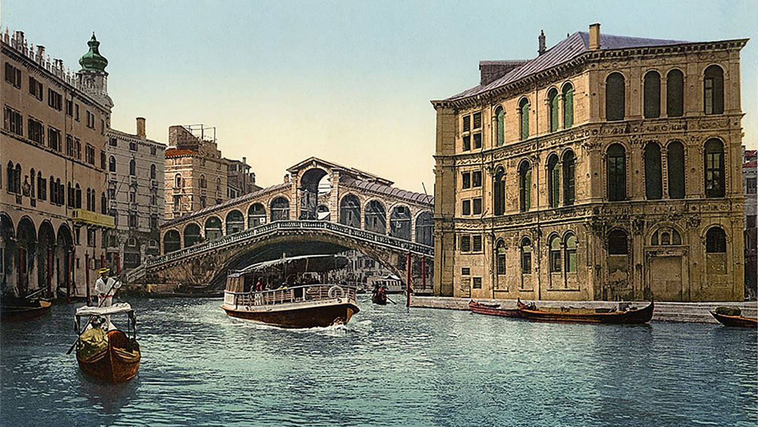 Just Booked: Travel to Turn-of-the-Century Italy