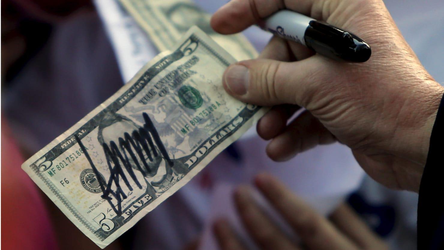 Senior Trump officials get $10,000 raise despite shut-down