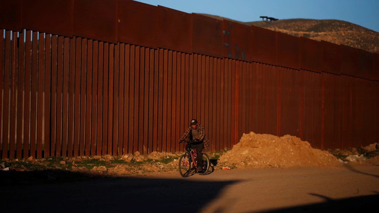 Only 6 Immigrants on Terror List Stopped Crossing the U.S.-Mexico Border in First Half of FY 2018: NBC